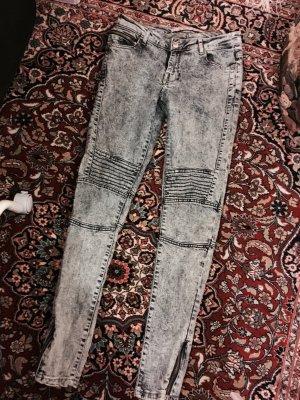 Primark Jeanshose mit Reißverschluss