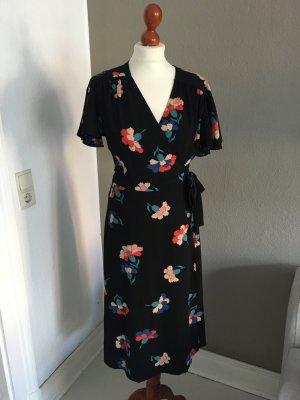 Primark Kleid Wickelkleid Blumen schwarz 38