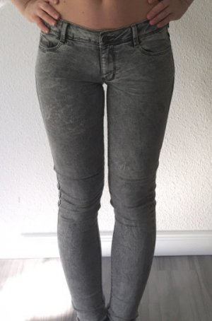 Primark Skinny Ultra-Soft Stretch-Jeans 38 grau