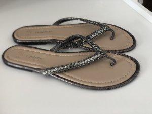 Primark Sandalo toe-post argento-nero