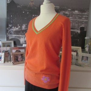 Princess goes Hollywood * Traum V-Neck Cashmere Pullover * mandarine-grün-lila * 42