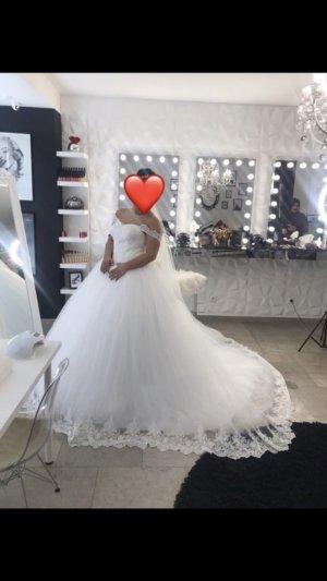 Balloon Dress white