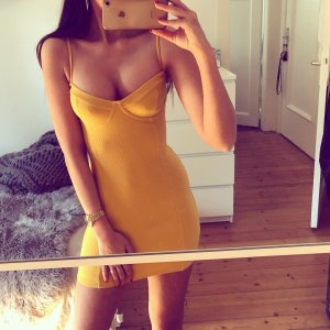 Privacy Please Abito bustier giallo-ocra