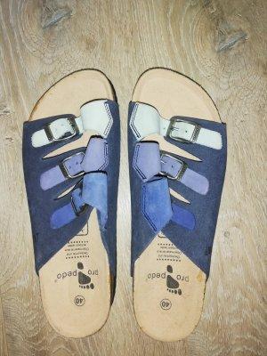 Sandalias de tacón de tiras multicolor Cuero