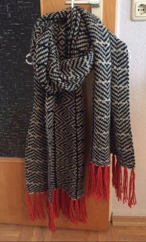 Promod Schal Strick schwarz weiß orange Muster Blogger