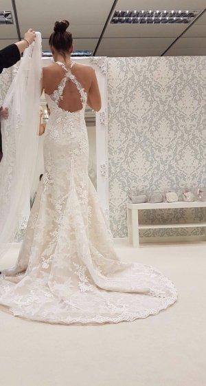 Pronovias Hochzeitskleid