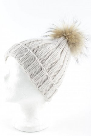 Bobble Hat multicolored fluffy