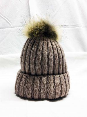 Bobble Hat grey brown mixture fibre