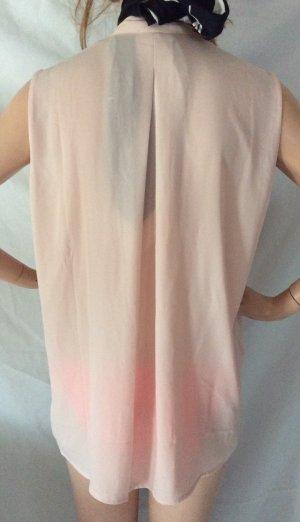 Puderfarbene reizende Bluse