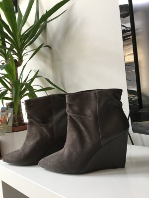Pull and Bear Stiefeletten