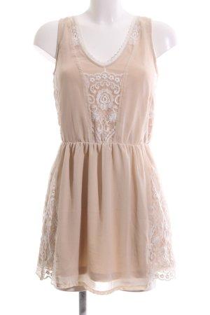 Pull & Bear Chiffon jurk nude bloemenprint elegant