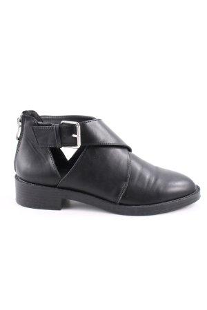 Pull & Bear Stivaletto cut out nero stile casual
