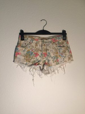 Pull & Bear destroyed Denim high-waist Shorts 36
