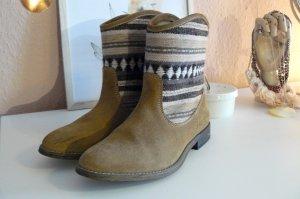 Pull&Bear Echtleder Boots Ethnolook