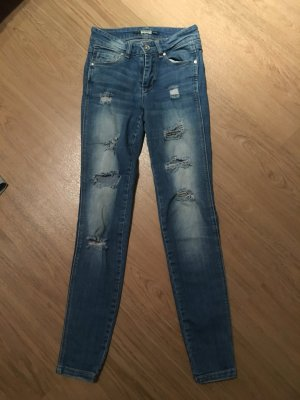 Pull&Bear Hose Röhrenjeans Jeans 32 XS destroyed Löcher Knöchellang blau