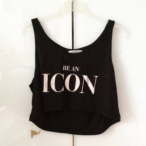 Pull & Bear Shirt - Be an Icon in M
