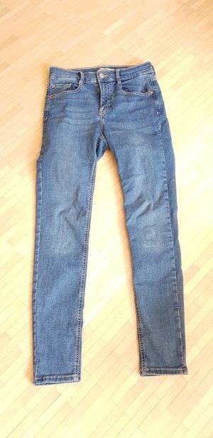 pull & bear skinny mid waist Jeans in Gr 28