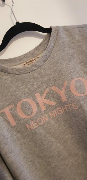 PULL&BEAR Sweatshirt Grau TOKYO Neon Nights