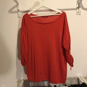 Pulli in der Trendfarbe rot - Must-have - schöne Details am Ärmel