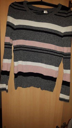 Pullover 4 farbig