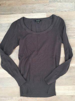Maglione di lana talpa