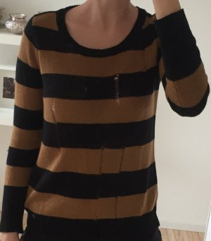 AJC Sweater black-camel