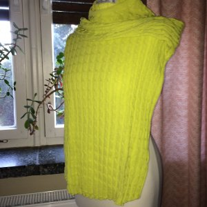 Zara Cable Sweater yellow