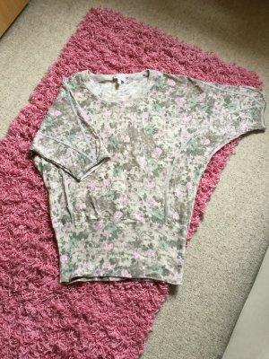 Pullover, geblümt, mit Fledermausärmel und breitem Bund