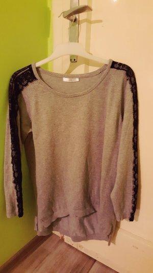 Pullover Größe S Spitze