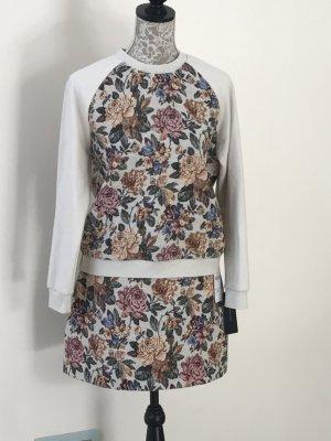 Pullover im floralen Design im Set mit passendem Minirock in Gr.M von ZARA, neu