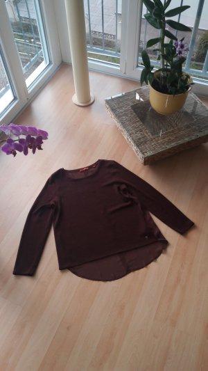Pullover in Farbe
