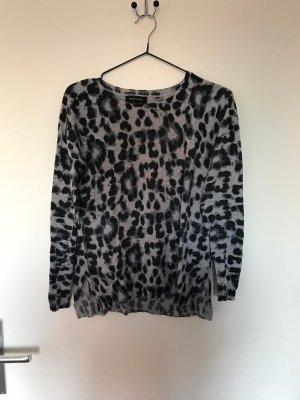 Pullover in Leoparden Optik