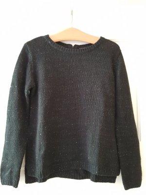 Pullover in Strickoptik mit vereinzelten Pailletten