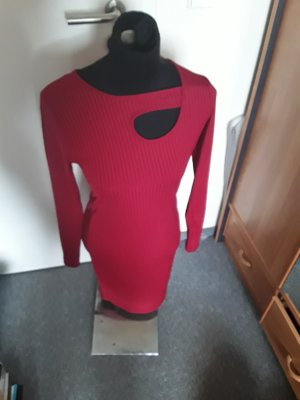 Pull long rouge foncé polyester