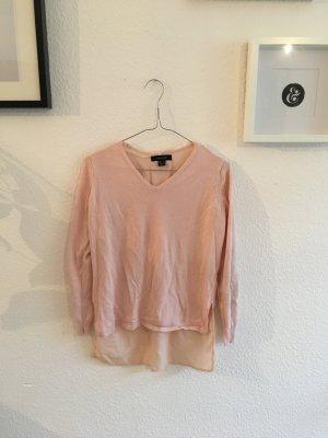 Pullover mit Blusenstoff am Rücken