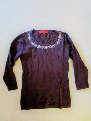 Pullover mit Dekorsteinen