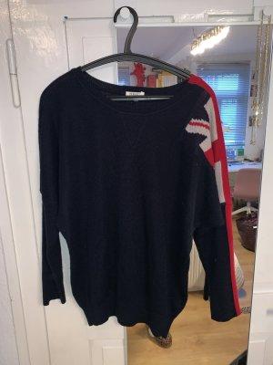 Pullover mit Flaggendetail