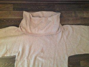 Pullover mit grossem Kragen