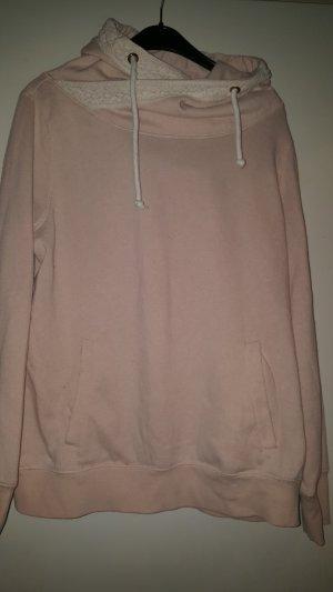 *Pullover mit Kapuze*