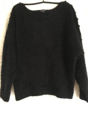 Pullover mit Leder- Details