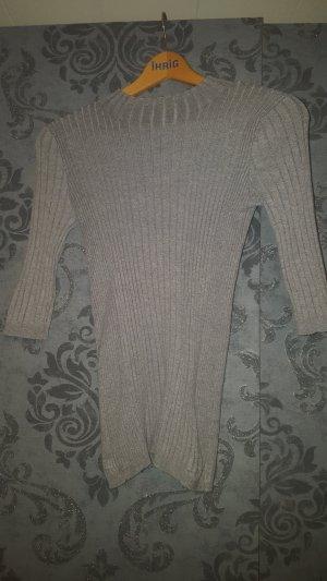 Pullover mit leichtem Rollkragen