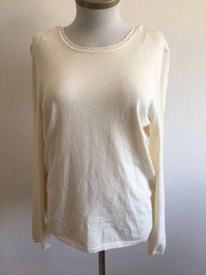 Pullover mit Rückenausschnitt