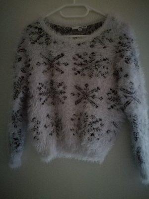 Pullover mit Schneeflocken