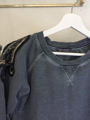 Pullover mit Schulter- Verzierung (S)