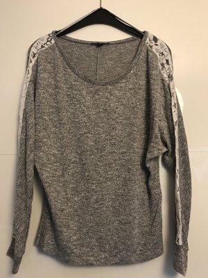 Pullover mit Spitze Größe M