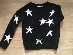 Pullover mit Sternmotiven