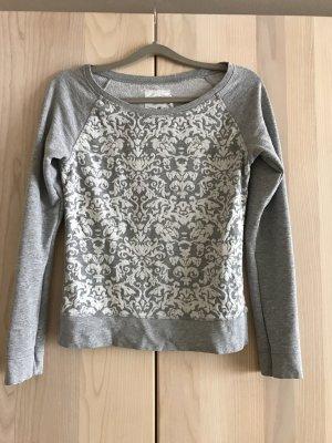 Pullover mit Stickerei in grau & weiß