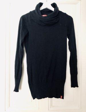 Pullover mit super großes Kragen