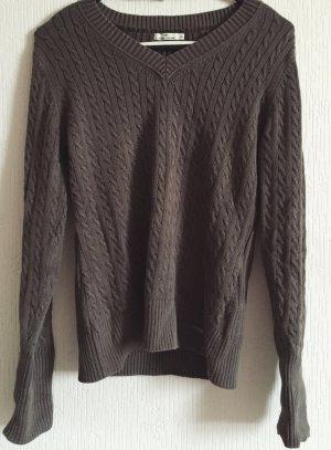 Pullover mit V-Ausschnitt und Zopfmuster