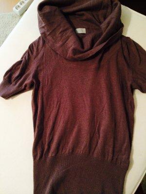 Pullover mit weiten Kragen